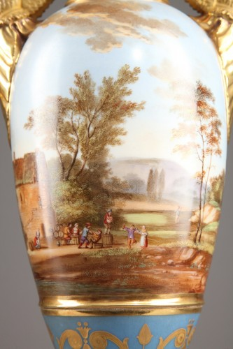 Pair of Large Fuseau Vases in Porcelaine de Paris. Empire Period. - Empire