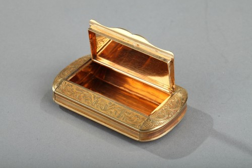 Gold Snuff Box, Restauration Period circa 1820-1830 -