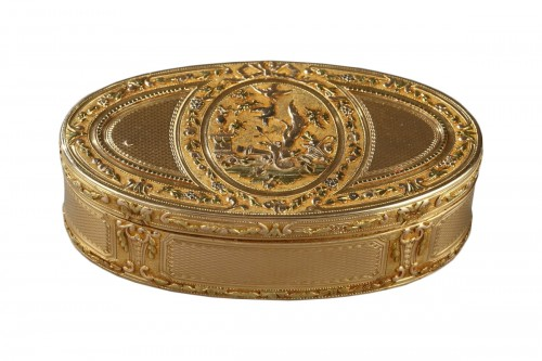 Gold snuff box Louis XVI period