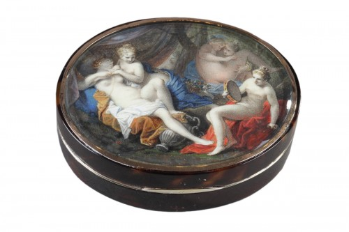 End of 18th century Tortoiseshell and ivory Box