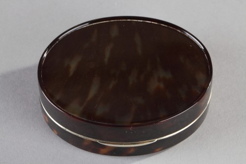 End of 18th century Tortoiseshell and ivory Box -