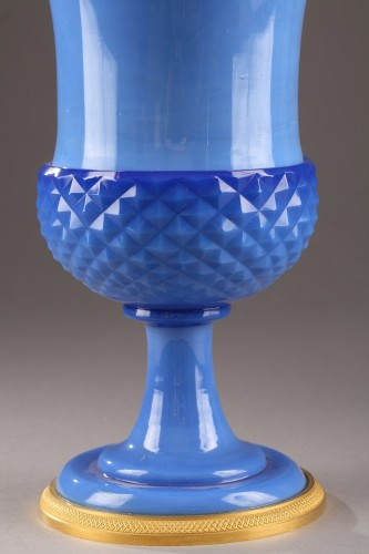 Glass & Crystal  - Paire of blue opaline Medici Vases