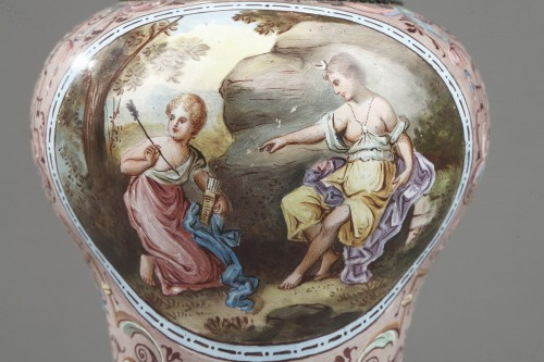 Antiquités - 19th century Vienna Enamel vas  HERMAN BÖHM
