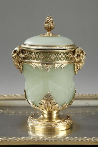 19th century Iinkstand in silver and jade BOIN TABURET - Decorative Objects Style Napoléon III
