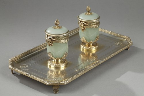 19th century Iinkstand in silver and jade BOIN TABURET -