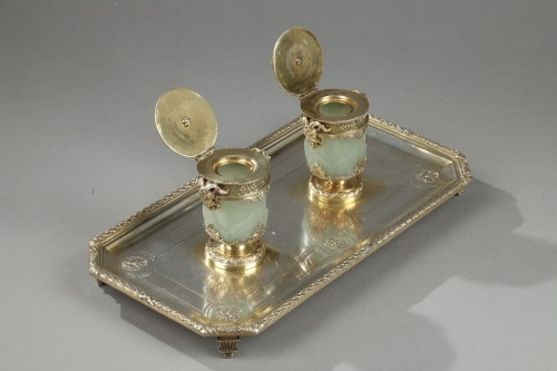 19th century - 19th century Iinkstand in silver and jade BOIN TABURET