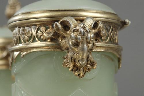 Antiquités - 19th century Iinkstand in silver and jade BOIN TABURET