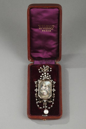 Antique Jewellery  - Vermeil and silver pendant  with a miniature on ivory Napoleon III