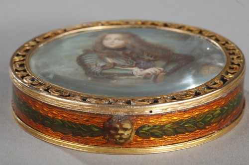 Antiquités - 18th century box with miniature signed Bardin and gold