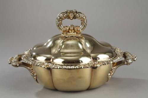 Antiquités - Vermeil oille tureen by Charles Nicolas Odiot . Mid-19th century