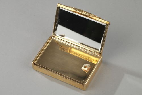 20th century - Gold compact Van Cleef & Arpels, 1950's