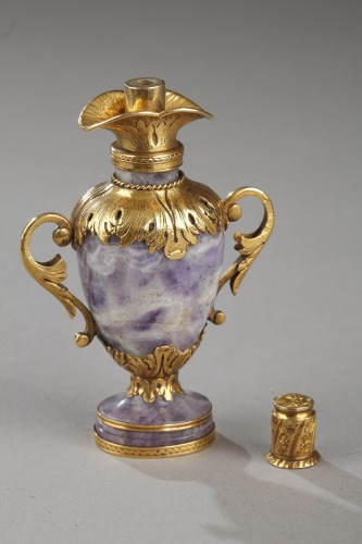 Gold and amethyst Perfum Flask Early19th century - Empire