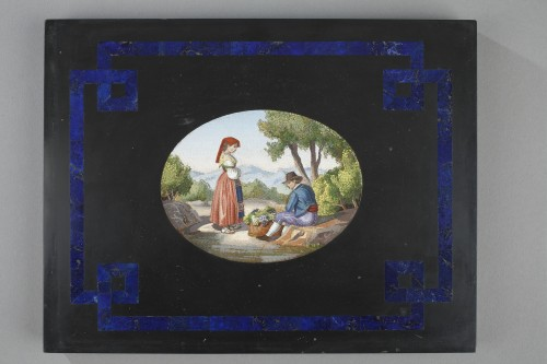 Large black marble plate, lapis lazuli, and micromosaic. mid-19th century - Objects of Vertu Style Restauration - Charles X