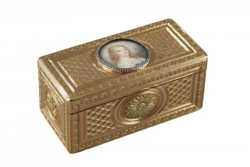 Louis XV gold snuffbox with ivory miniature Paris 1763