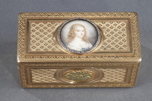 Louis XV gold snuffbox with ivory miniature Paris 1763  - Objects of Vertu Style Louis XV