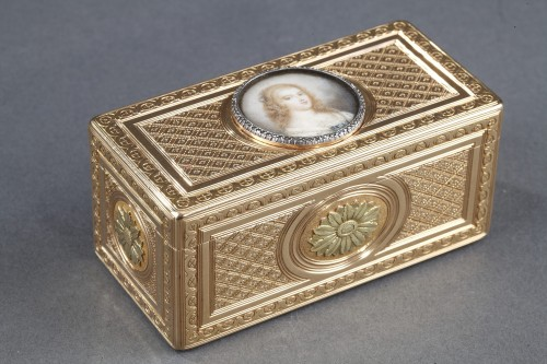 Objects of Vertu  - Louis XV gold snuffbox with ivory miniature Paris 1763