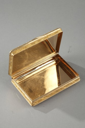 19TH CENTURY GOLD SNUFF-BOX DUKE OF ORLEANS. -