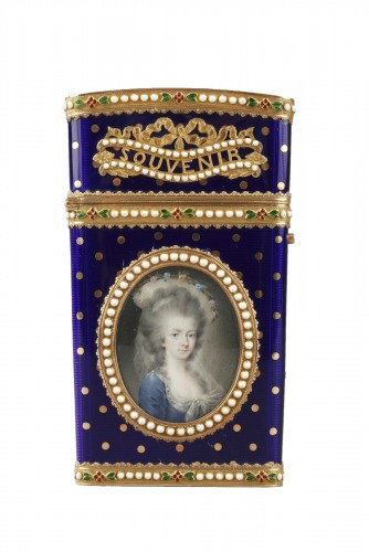 Gold and enamel writting case. Louis XVI