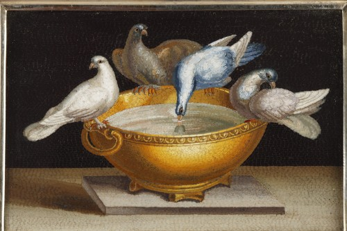 Objects of Vertu  - Early 19th century Micromosaic with Capitoline doves .