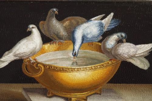 Early 19th century Micromosaic with Capitoline doves .  -