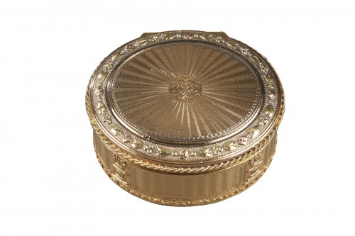 Louis XVI Gold snuff box