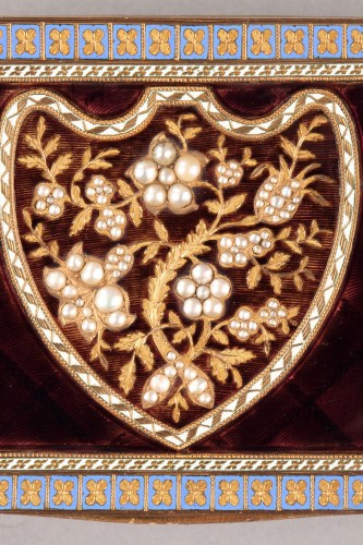19th century - Early 19th Century Swiss gold and enamelled snuff box.
