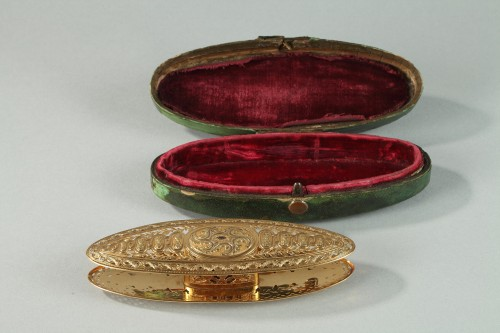 Objects of Vertu  - Large gold spool. louis xv period of Mathieu Coigny
