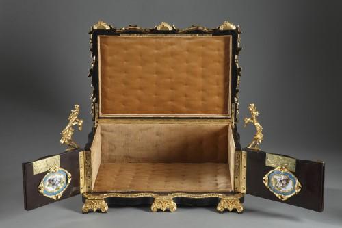 Antiquités - A mid 19th century large ebony and porcelain coffer - alphonse giroux.