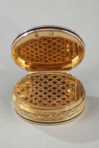 Early 19th Century Gold Vinaigrette -