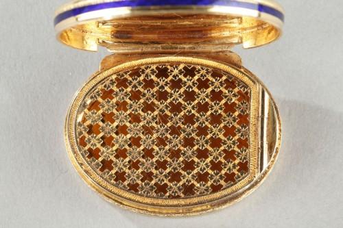 Early 19th Century Gold Vinaigrette - Restauration - Charles X