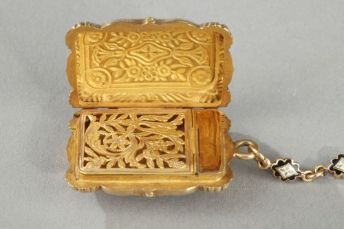 Antiquités - Mid-19th Century Gold Vinaigrette and ring