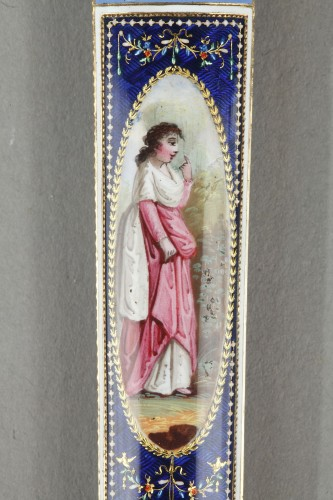 Objects of Vertu  - Gold and enamel needle or wax case