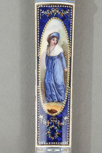 Directoire - Gold and enamel needle or wax case