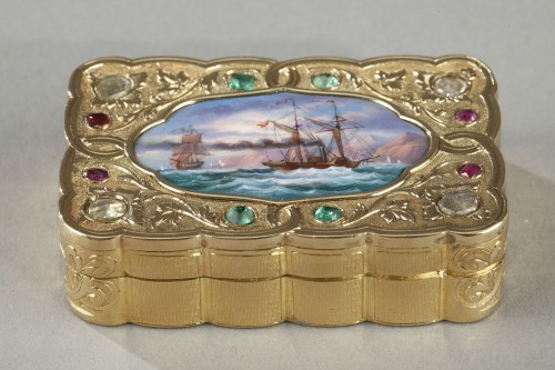 Objects of Vertu  - A swiss enamelled gold snuff-box for the oriental market. circa 1820-1830