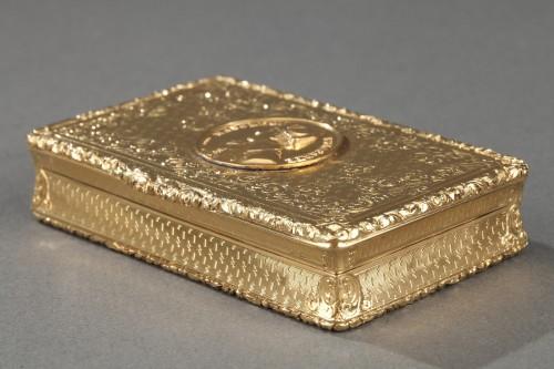Mid 19th century snuff box with Napoleon Bonaparte medallion - Napoléon III