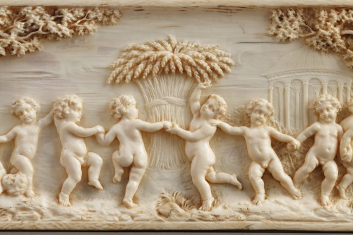 19th century - Early 19th Century continental ivory plaque