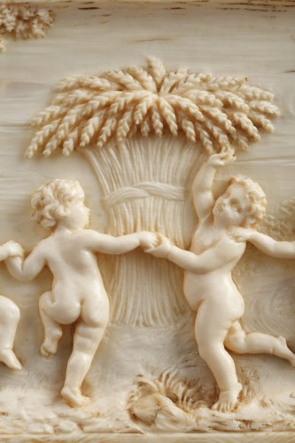 Directoire - Early 19th Century continental ivory plaque