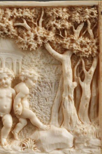 Antiquités - Early 19th Century continental ivory plaque