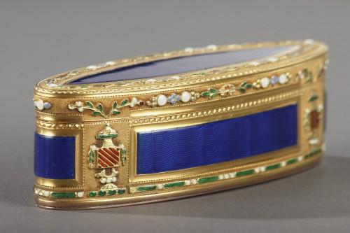18th Century Gold and Enamel Snuffbox  - Louis XVI