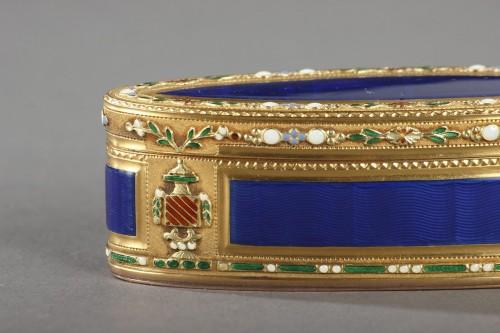 Louis XVI - 18th Century Gold and Enamel Snuffbox