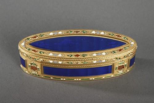 Antiquités - 18th Century Gold and Enamel Snuffbox