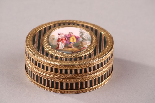 Gold, Enamel, Tortoiseshell and Lacquer Box, Louis XV Period - Objects of Vertu Style Louis XV