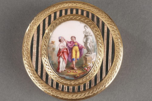 Antiquités - Gold, Enamel, Tortoiseshell and Lacquer Box, Louis XV Period