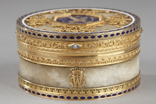 19th century - Quartz and gold snuff box with enamel and diamond. Rozet and Fishmeinster