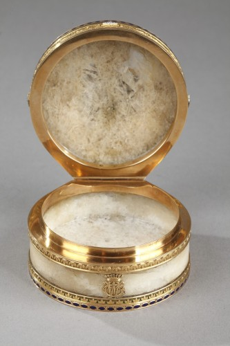 Napoléon III - Quartz and gold snuff box with enamel and diamond. Rozet and Fishmeinster