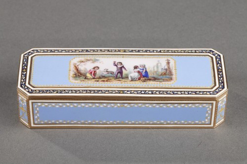 Gold and sky blue enamel snuffbox - Objects of Vertu Style Directoire