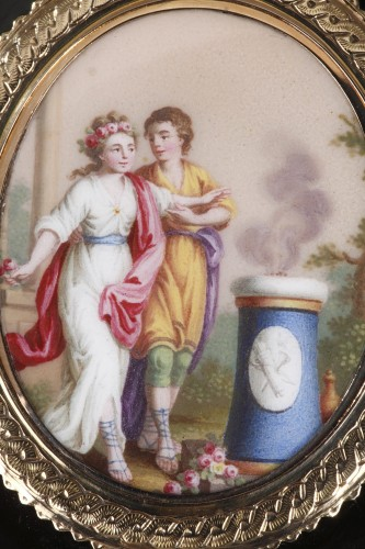 Circular box in brown tortoishell - Louis XVI