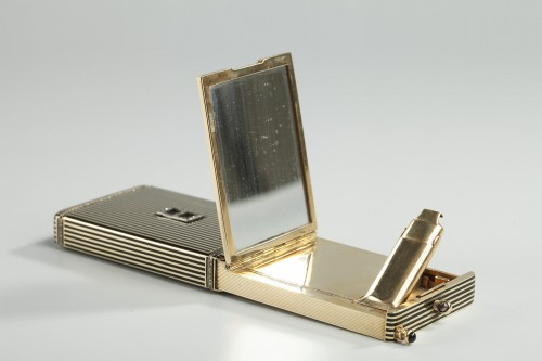20th century - Gold and Enamel Minaudière. Art Deco, 1920-1930.