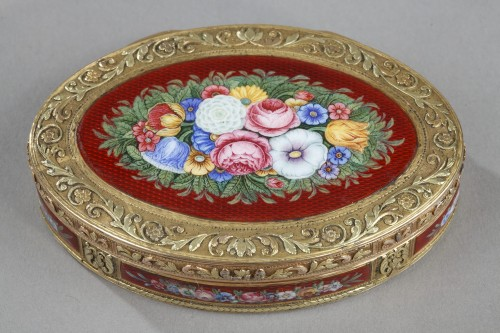 snuffbox in multicolored gold and enamel - Objects of Vertu Style Restauration - Charles X
