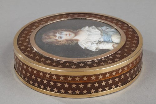French gold-mounted tortoiseshell with miniature 18th century -